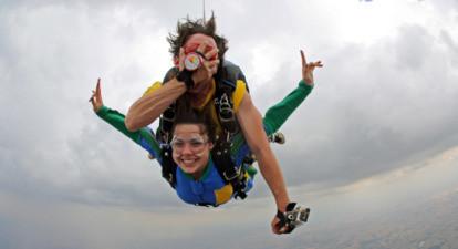 Saut en Parachute à proximité de Mâcon