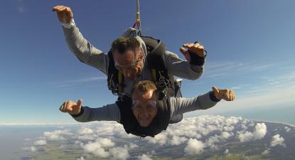 Saut en parachute tandem en Gironde à Soulac-sur-Mer près de Bordeaux