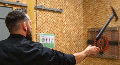 Lancer de haches, shuriken, couteaux ou tomahawk près de Paris et Créteil