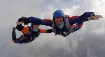 Saut d'initiation en parachute ou stage PAC à Tallard