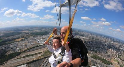 Saut en Parachute près de Rennes