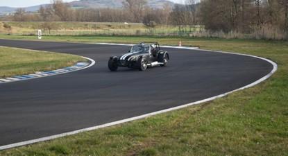 Stage de Pilotage en Caterham 1600K - Circuit de Vaison