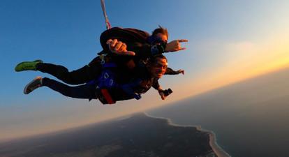 Saut en parachute à Soulac-sur-Mer : atterrissage sur plage