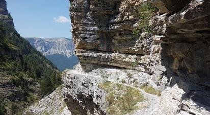 Randonnée dans les Gorges de Saint-Pierre près de Digne-les-Bains