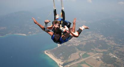 Saut en Parachute  à proximité de Versailles
