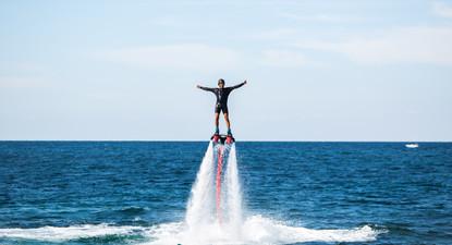Flyboard au Cros-de-Cagnes, entre Nice et Antibes