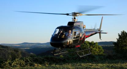 Baptême en Hélicoptère en Auvergne - Vol découverte autour de Lanas
