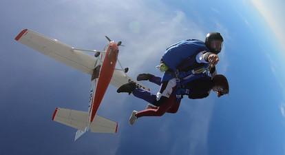 Saut en parachute près de Bordeaux
