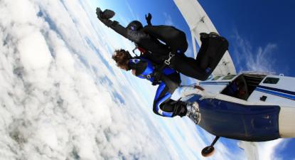 Saut en parachute tandem près de Dreux et Alençon