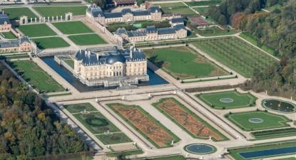 Survol en ULM des châteaux de Blandy les Tours, Vaux le Vicomte et Fontainebleau