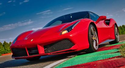 Pilotage de 2 voitures : Ferrari 458 Italia et Mustang Shelby - Circuit de Trappes