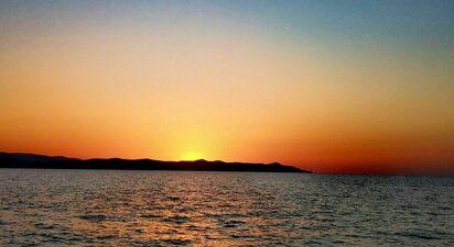Balade en bateau à Hyères - navigation au lever ou au coucher du soleil