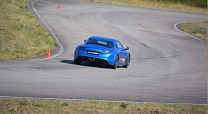 Stage de pilotage en Alpine A110 - Circuit Geoparc