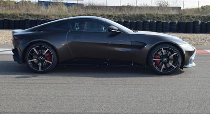 Pilotage de 2 voitures (Porsche, Ferrari, Lamborghini...) - Circuit de Fay de Bretagne