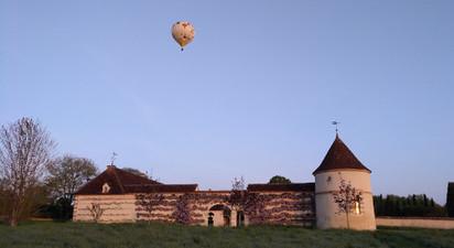 Vol en Montgolfière près d'Auxerre - survol des Châteaux de Bourgogne