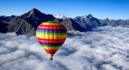 Vol en montgolfière dans les Alpes - Panorama sur le Mont Blanc