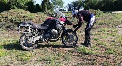 Initiation et Randonnée en moto maxi trail près de Beauvais