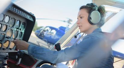 Initiation au pilotage d'hélicoptère à Megève au pied du massif du Mont Blanc