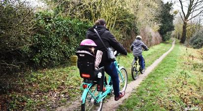 Randonnée en vélos électriques sur les routes du Vexin Français au départ d'Us
