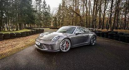 Baptême ou pilotage sur route en Porsche 991 GT3 à Tours