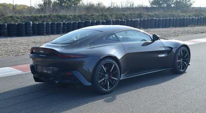 Stage de Pilotage en Aston Martin Vantage - Circuit Dijon Prenois