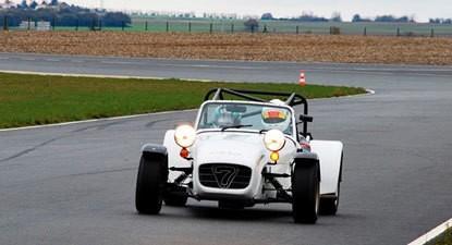 Stage de Pilotage en Caterham 1600K - Circuit Fay de Bretagne