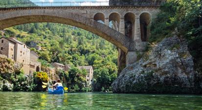 Canoë près de Millau dans les Gorges du Tarn