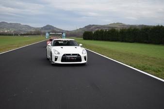 Stage de Pilotage en Nissan GTR - Circuit Fay de Bretagne