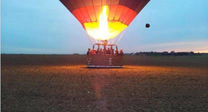 Vol en montgolfière à Lucheux - Village médiéval au Nord d'Amiens