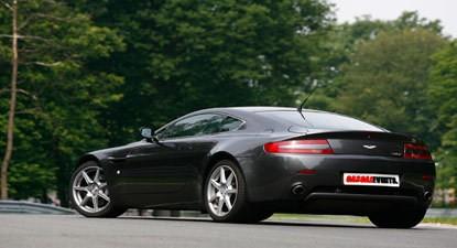 Stage de Pilotage en Aston Martin V8 Vantage - Circuit de la Ferté-Gaucher