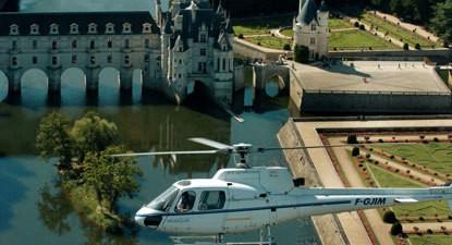 Baptême en hélicoptère - Survol des Châteaux de la Loire à Chenonceaux