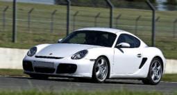 Pilotage d'une Porsche Cayman S - Circuit des Ecuyers