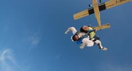 Saut en Parachute Tandem à Alès
