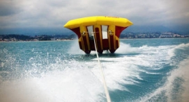 Bouée tractée FlyFish et balade en Kayak à Antibes