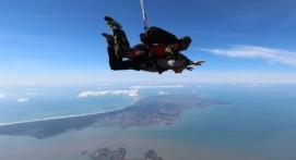 Saut en Parachute Tandem dans le Bassin de Marennes Oléron