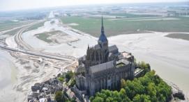 Vol en Hélicoptère au dessus du Mont Saint Michel