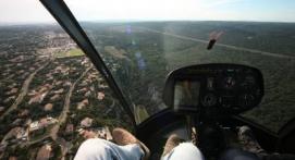 d Baptême en hélicoptère - Vol privatif au dessus du Lubéron Rustrel