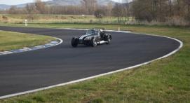 Baptême ou stage de Pilotage en Caterham 1600K - Circuit d'Issoire