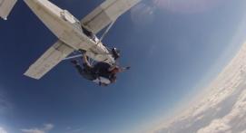 Saut en Parachute Tandem près de Lens