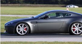 Pilotage en Aston Martin V8 - Circuit de Lohéac