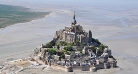 Vol en Hélicoptère - Survol de la baie du Mont-Saint-Michel