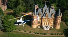 Survol des Châteaux du Beaujolais en Hélicoptère
