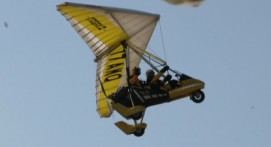 Pilotage d'un ULM près de Meaux