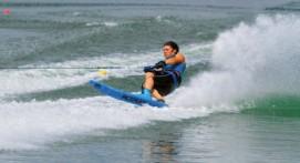 initiation Ski nautique et Babyski près de Toulon