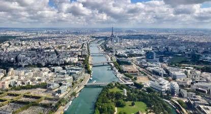Survol  en Hélicoptère de Paris et Versailles