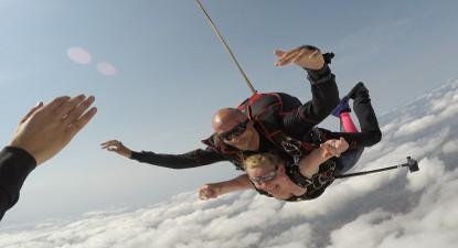 Saut en Parachute Tandem à Revel