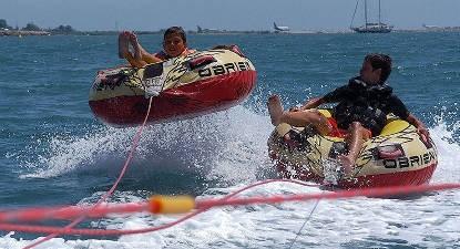 Bouée tractée et balade en Kayak près d'Antibes