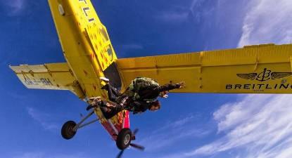 Saut en Parachute Tandem dans le Jura