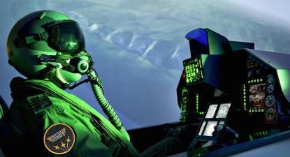 Simulateur avion chasse F16 Falcon à Bordeaux