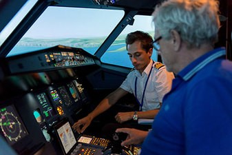 Simulateur d'avion Airbus A320 à Paris Orly Belle Epine